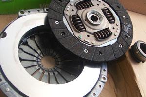 detail-prestation-mecannique-embrayage-freinage-supsension